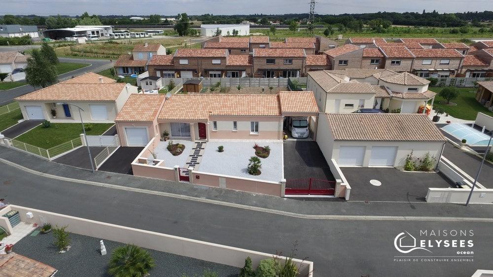 Constructeur maisons plain pied Charente Maritime 17600