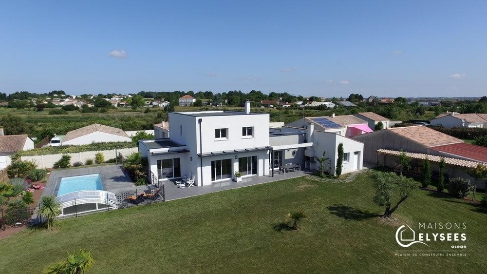 Trés belle maison exemplaire bioclimatique en Charente Maritime