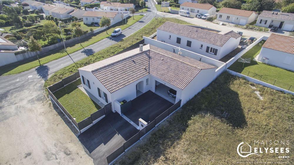 Maison avec plan en L de plain pied 9