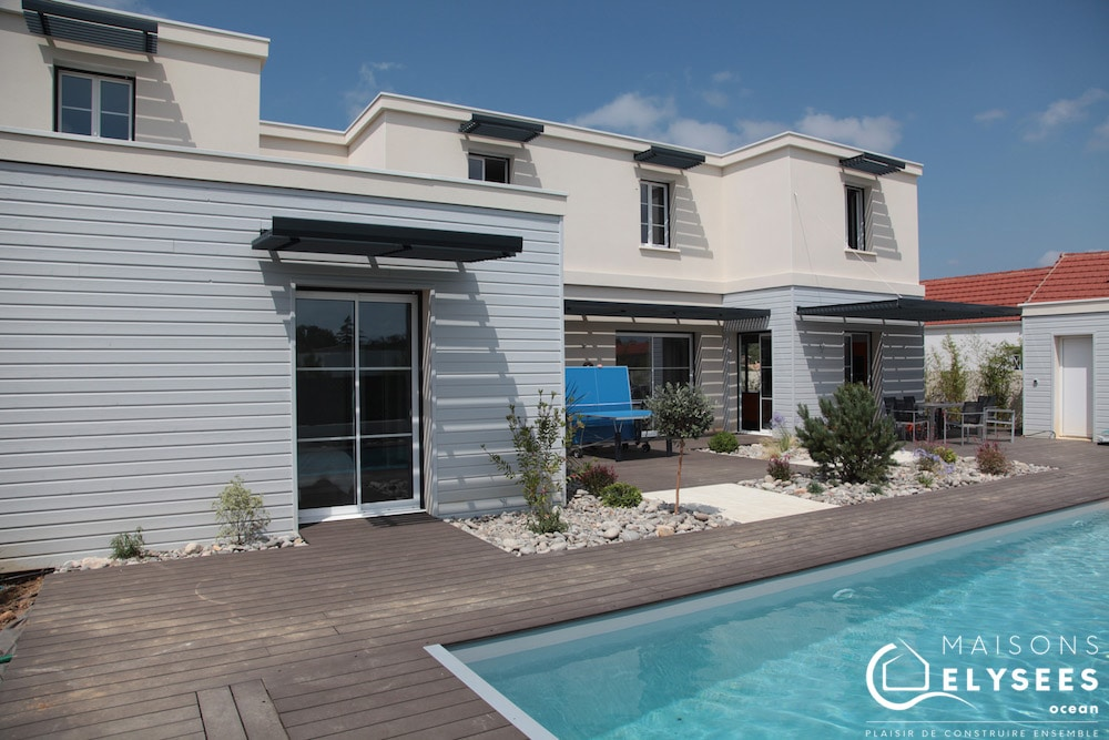 Vaste maison contemporain de bord de mer avec piscine construite en Charente Maritime