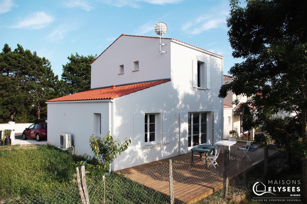 Petite maison neuve à étage 4 (1)