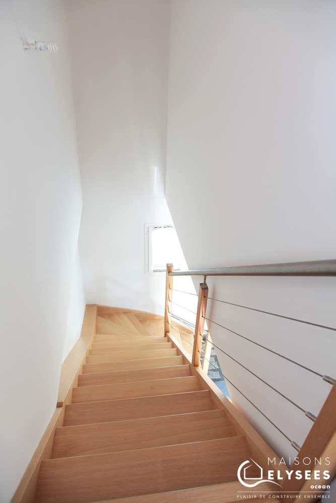 Petite maison neuve à étage 9