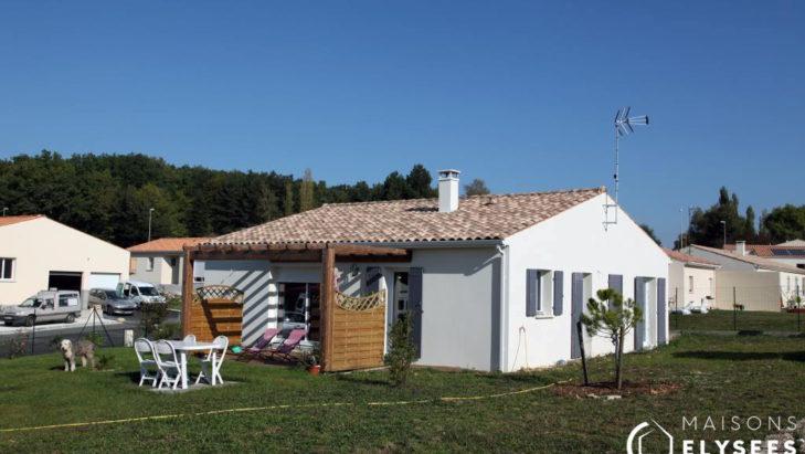 Maison traditionnelle idéal petit terrain primo accédants Rochefort 17