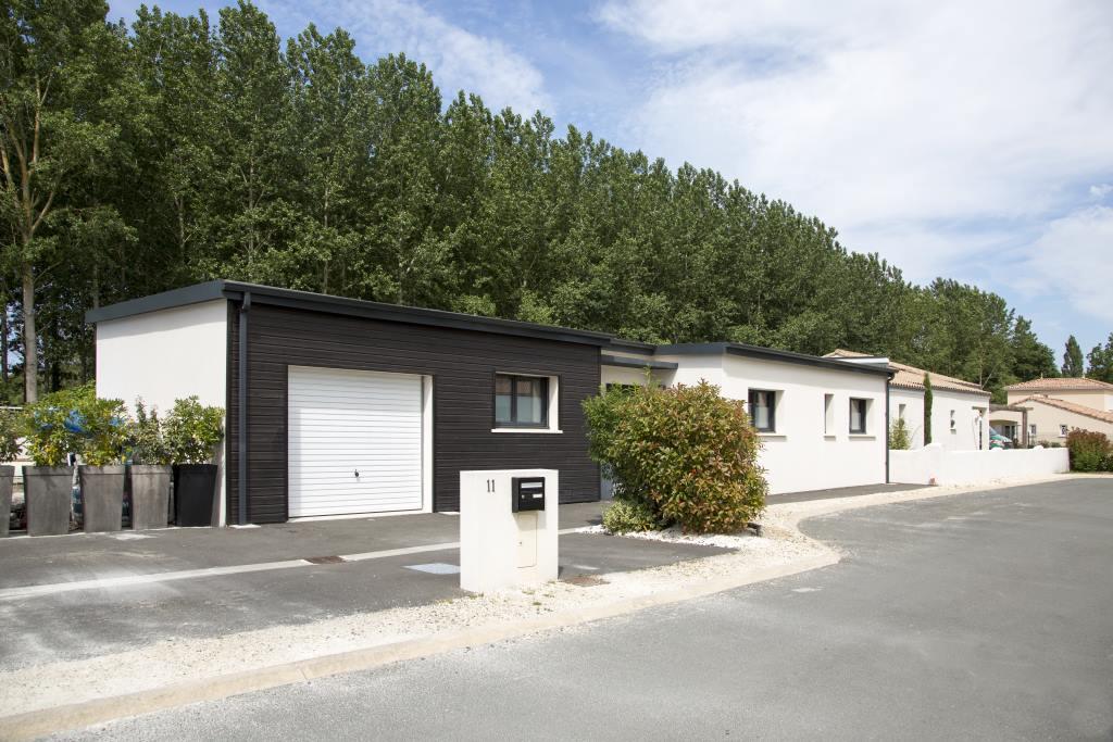 construction-maison-contemporaine-les-mathes-17-1406WO HD (10)