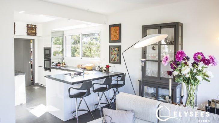 Cuisine séjour maison contemporaine Charente