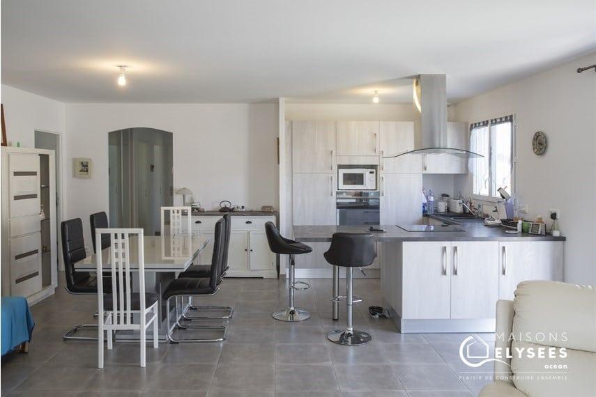 Séjour cuisine maison 90m² Charente Maritime VALT (4)