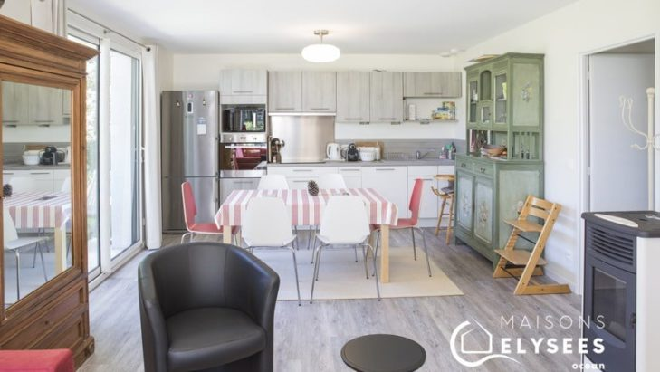 Séjour cuisine maison contemporaine de plain pied Charente Maritime 17