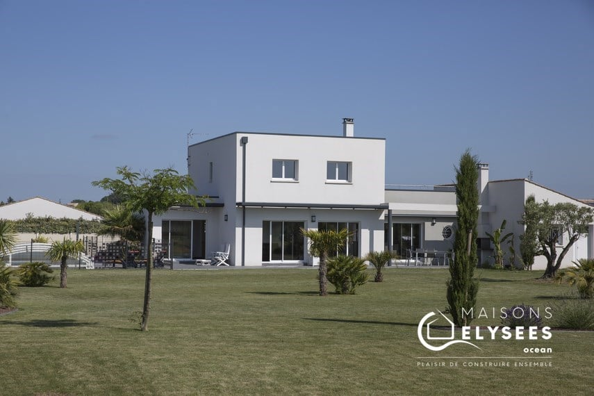 maison qui mixe contemporain et traditionnel Charente Maritime
